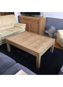 Table de salon chêne verni
